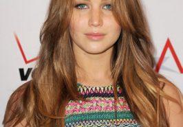 Học Jennifer Lawrence chọn tóc cho mặt tròn
