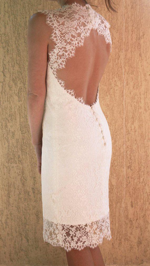 """Bí kíp giúp cô dâu """"tỏa sáng"""" cùng váy cưới ngắn 4"""