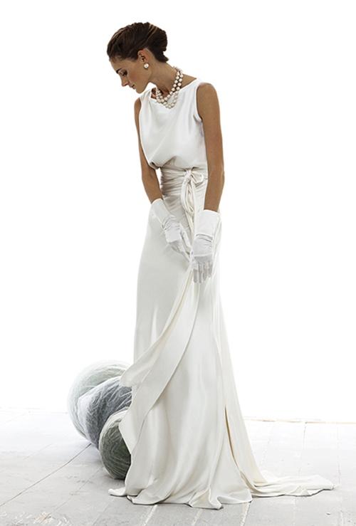 Váy cưới đơn giản vẫn đẹp lộng lẫy - 5