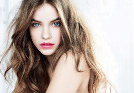 4 thủ thuật hong khô tóc không cần máy sấy