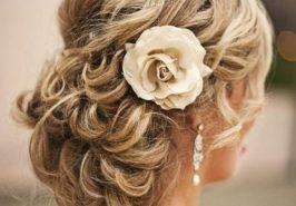 8 phong cách tóc dự tiệc trong mùa hè