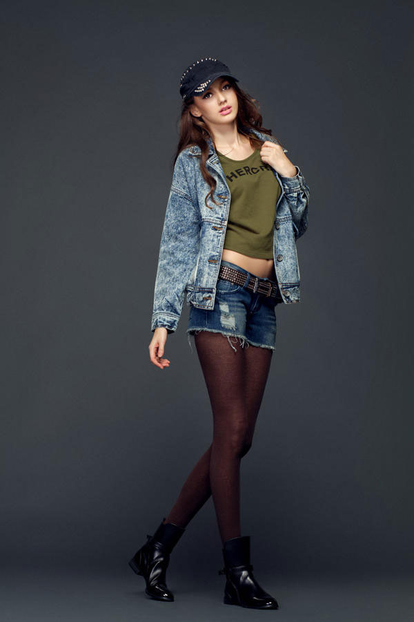 Bí quyết diện jeans sành điệu mùa đông