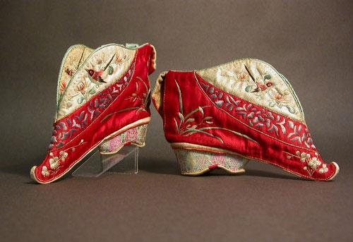 10 kiểu giày kỳ quái trong lịch sử thời trang - 16