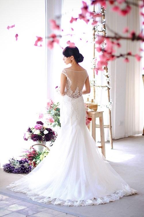4 mẫu váy 'cứu tinh' cho cô dâu ngực lép - 4