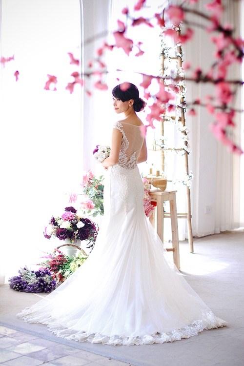 4 mẫu váy 'cứu tinh' cho cô dâu ngực lép - 5