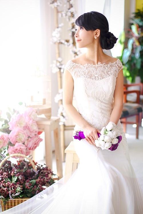 4 mẫu váy 'cứu tinh' cho cô dâu ngực lép - 3