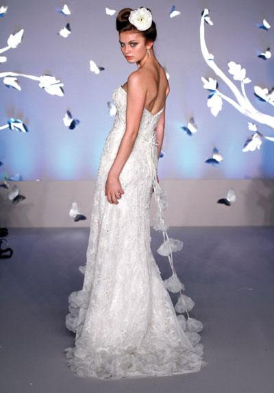 lazaro-wedding-dress-6705-1385113616.jpg
