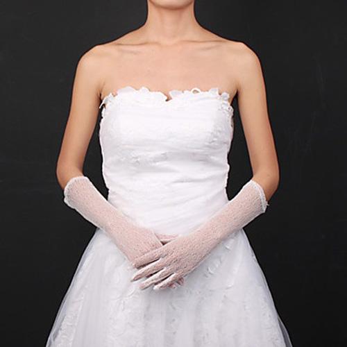 Găng tay ren tinh tế, thanh lịch cho cô dâu - 12