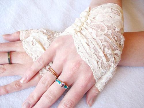 Găng tay ren tinh tế, thanh lịch cho cô dâu - 8