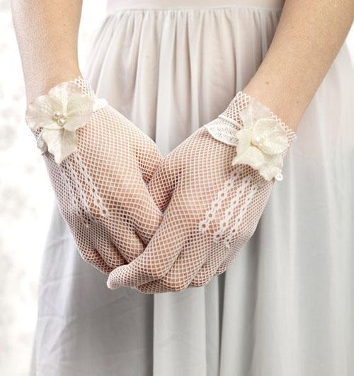 Găng tay ren tinh tế, thanh lịch cho cô dâu - 15