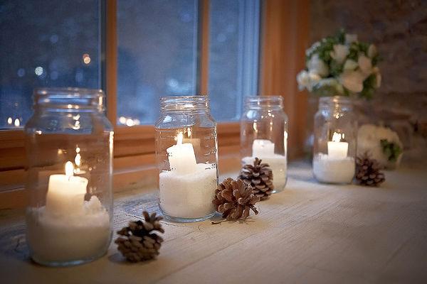 Những quả thông cũng sẽ tạo nên không khí Giáng Sinh.
