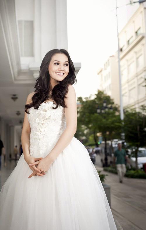 Áo cưới lộng lẫy cho nàng dâu trẻ - 4