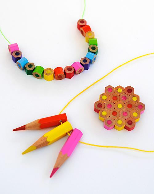 trang sức từ bút chì