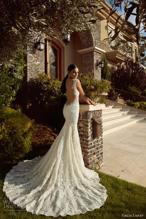 Váy cưới dành riêng cho cô dâu nóng bỏng - 17