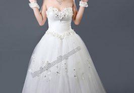 Cách chọn váy cưới che khuyết điểm cho cô dâu