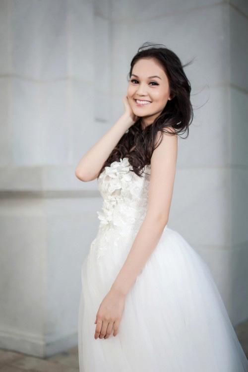 Áo cưới lộng lẫy cho nàng dâu trẻ - 15