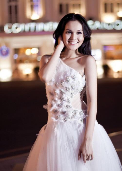 Áo cưới lộng lẫy cho nàng dâu trẻ - 6