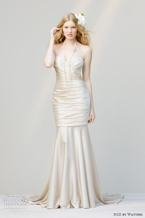 Váy cưới dành riêng cho cô dâu nóng bỏng - 9