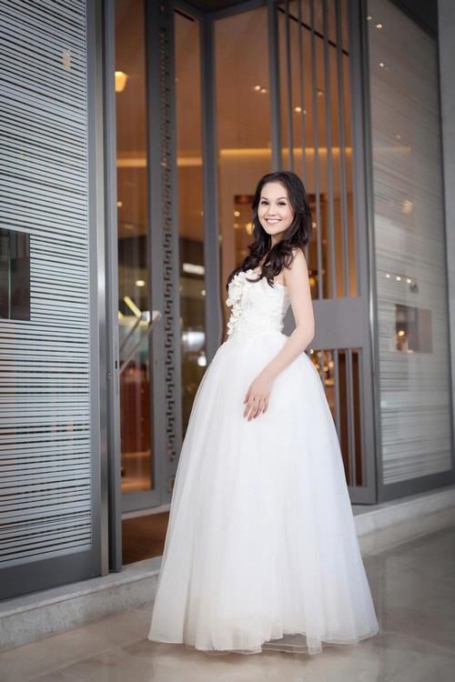 Áo cưới lộng lẫy cho nàng dâu trẻ - 5