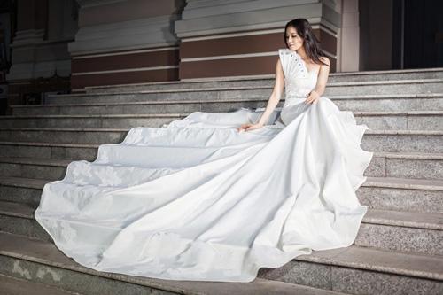 Áo cưới lộng lẫy cho nàng dâu trẻ - 13