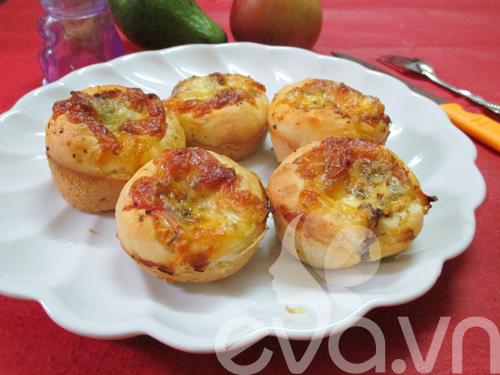 Thử làm bánh pizza cupcake nào! - 14