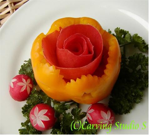 Cách cắt tỉa đĩa hoa quả cực đẹp