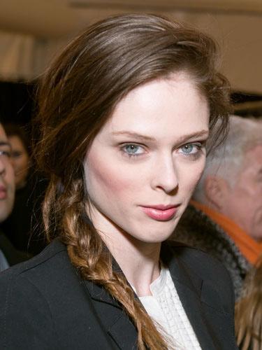 11 2 7 kiểu tóc búi bạn nên thử cho mùa hè 2013