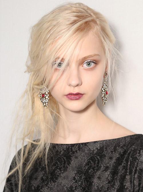 7 kiểu tóc búi bạn nên thử cho mùa hè 2013