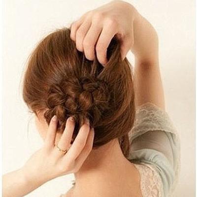 buoc61jpg1369360578 2 kiểu tóc đẹp dành cho bạn tham khảo trong ngày hè