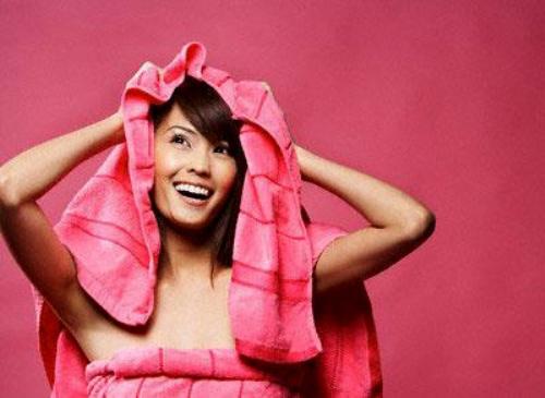 mot so cach cham soc toc xoan hieu qua 2 Một số cách chăm sóc tóc xoăn hiệu quả