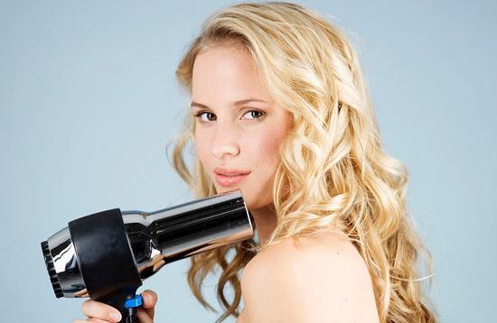 mot so cach cham soc toc xoan hieu qua 3 Một số cách chăm sóc tóc xoăn hiệu quả