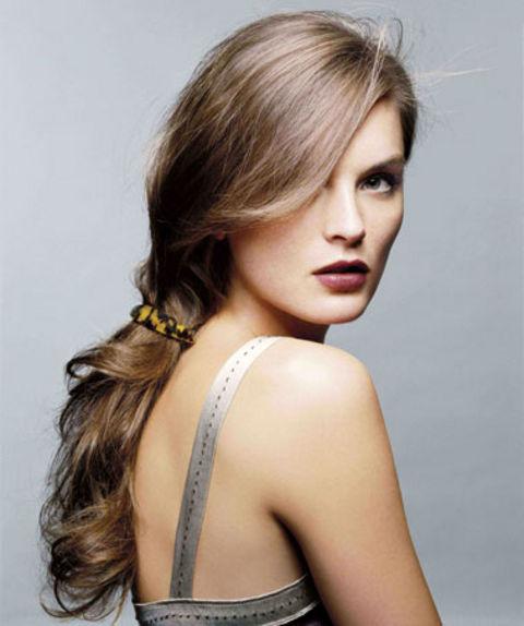 6 kiểu tóc đuôi ngựa phổ biến trong mùa hè 2013