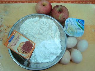 tao2 Cách làm bánh táo sữa chua đặc biệt
