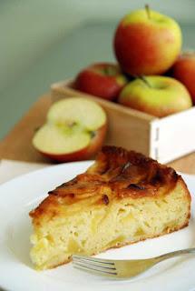 tao6 Cách làm bánh táo sữa chua đặc biệt