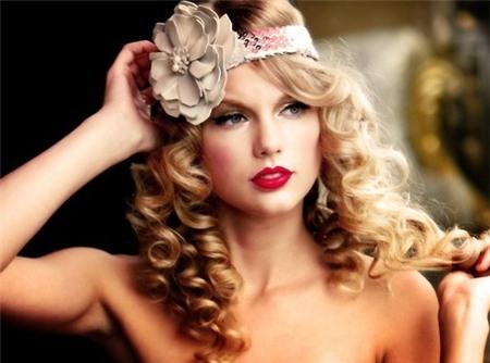 su dung bom toc sieu dep nhu taylor swift Sử dụng bờm tóc siêu đẹp như Taylor Swift