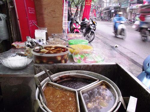 Đi ăn chè Hà Nội mùa đông