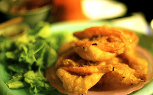 Xuýt xoa ẩm thực vỉa hè Hà Nội, Ẩm thực, am thuc via he Ha Noi, am thuc via he, mon an via he Ha Noi, banh tom, ha cao, nem chua ran, banh goi, banh xeo, am thuc, mon ngon de lam, mon ngon