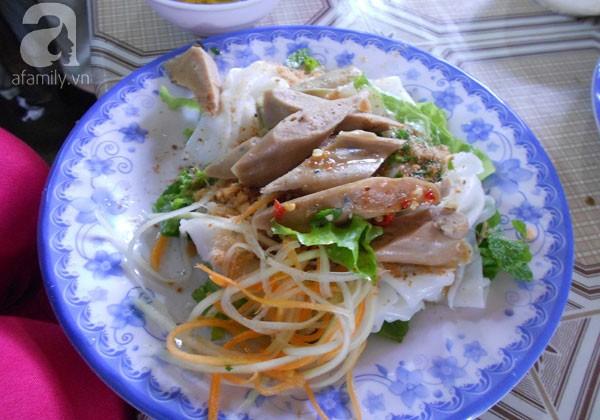 Đà Nẵng: Chiều chiều rủ nhau đi ăn đủ loại bánh đặc sản Huế 6