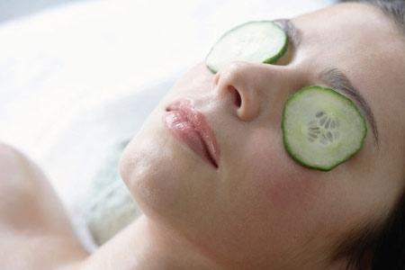 10 Cách Đơn Giản Chăm Sóc Mắt