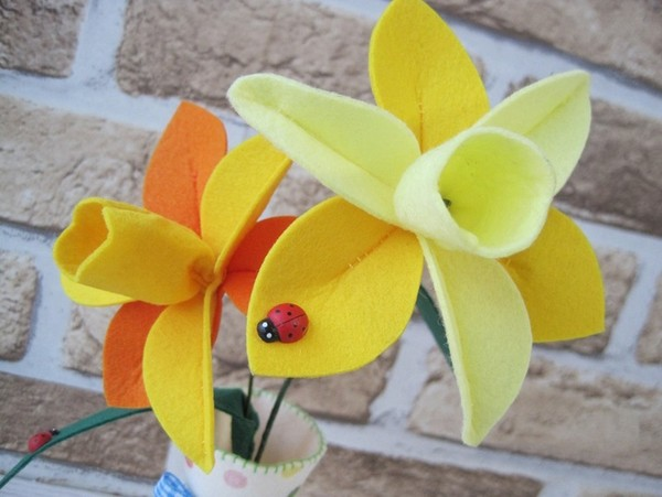 Làm hoa vải cực xinh trang trí nhà mình 8