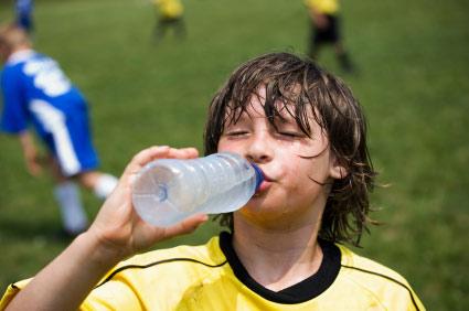 Trẻ say nắng: chậm xử lý, dễ tử vong