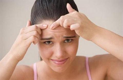 6 điều nên tránh khi da nổi mụn