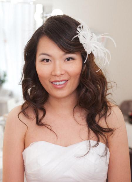 Màu son hồng nhạt phù hợp với đám cưới vào mùa hè.