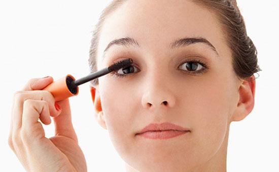 5 lỗi thường gặp khi chuốt mascara
