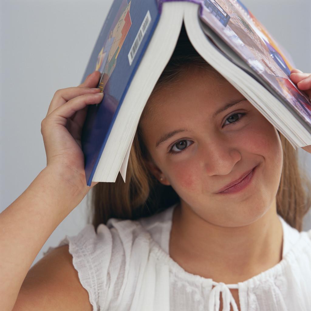Làm sao để giúp bé ham đọc sách