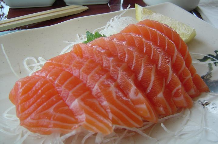 images274093_a_salmon_sashimi.jpg (717×476)