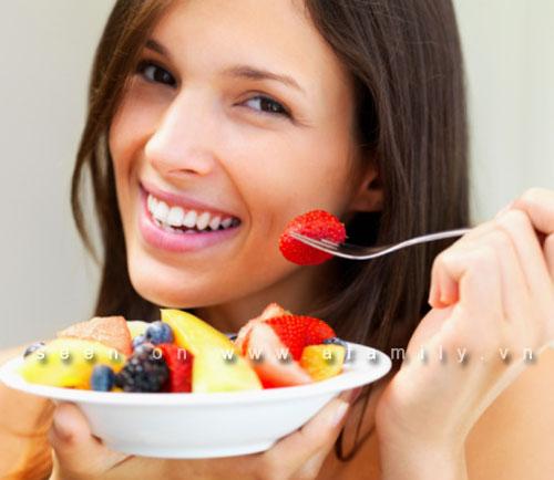 Hướng dẫn quy tắc ăn uống có lợi cho chị em