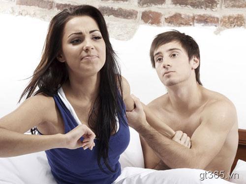 Điều phụ nữ làm mà đàn ông cho là tàn nhẫn