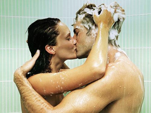 Thay đổi phong cách 'yêu' bằng 7 kiểu 'yêu' mới lạ