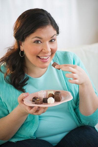 Những thói quen dễ khiến bạn thừa cân